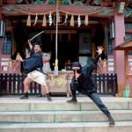 訪日外国人と日本人が一緒になって楽しめる!移動型劇場バスで観光とストリートパフォーマンスを一度に体験できる !新感覚の東京浅草エンターテインメントバス