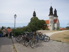 bike parking near a church. (there are approximately a fiptillion churches in Visby. they count all the ruins.)
