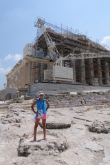 <h5>The Pathenon, Παρθενώνας</h5><p>The amount of restoration work done on the monument is staggering!</p>
