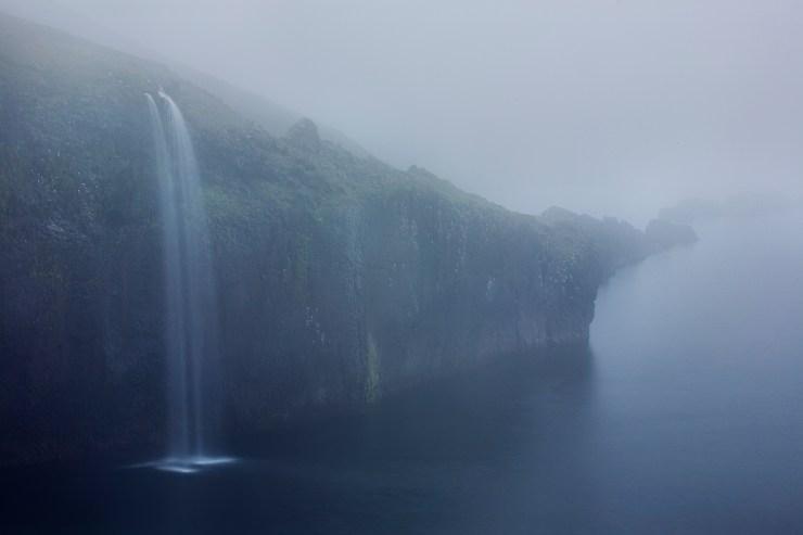 Hornstrandir-Waterfall-Rueb-Iceland-Book
