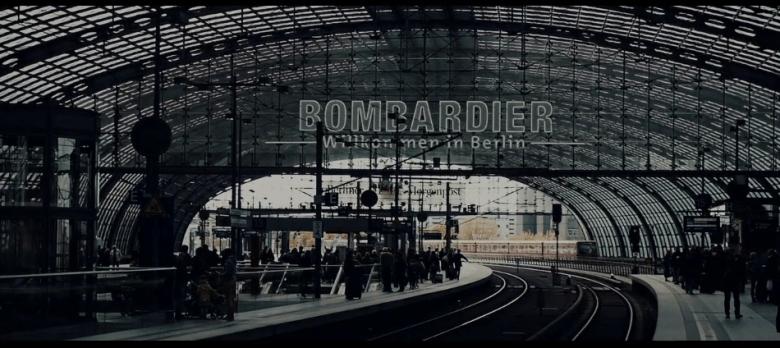 Alex Soloviev_Berlin_Trainstation