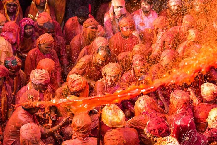 The Holi Mania