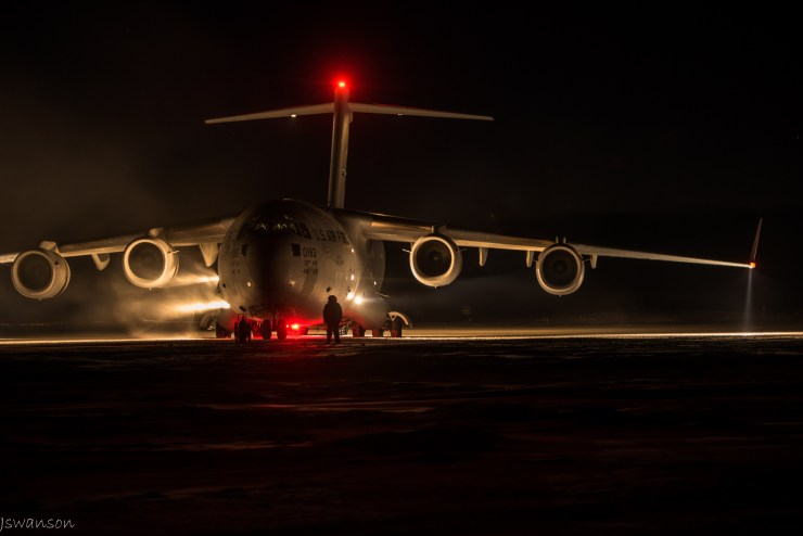 June 8th 2016 the C-17 arrived with cargo, fresh fruits, veggies, mail and some people. Temps were in the -40f ambient with some mild winds.