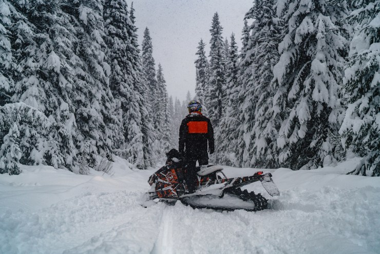 mccall-idaho-winter-snowmobile-michael-bonocore