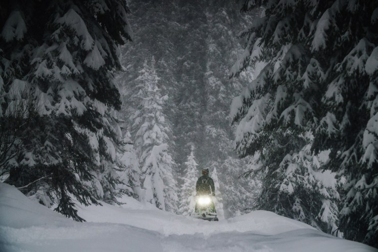 mccall-idaho-winter-snowmobile-michael-bonocore2