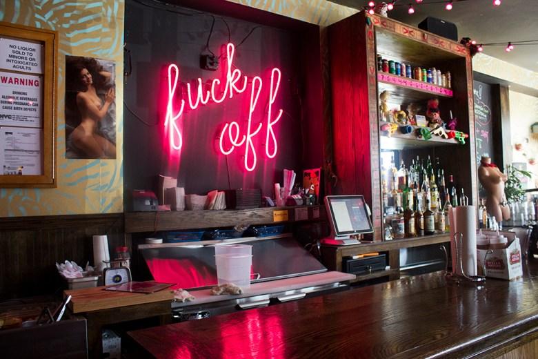 bar-bushwick-nyc-theme