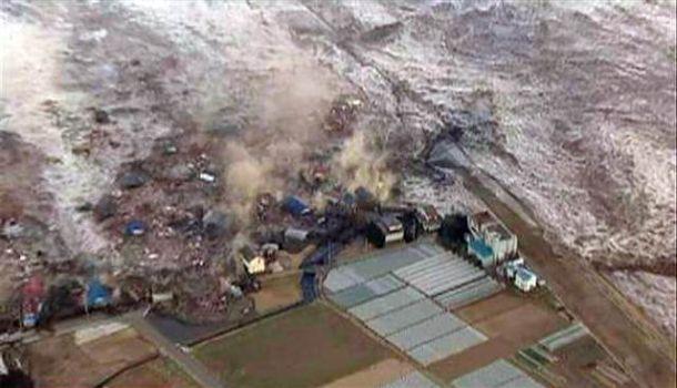 https://i1.wp.com/travel.smart-guide.net/wp-content/uploads/2011/03/Japan-2011-Tsunami.jpg