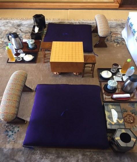 タイトル戦が何度も行なわれている将棋ファンにはおなじみの「銀波荘『観月』」でプロ棋士や女流棋士と対局できる宿泊プランを発売