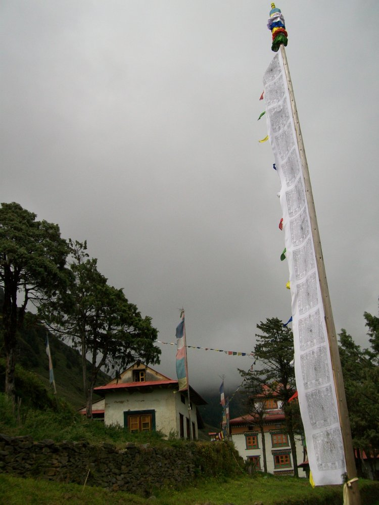 Junbesi Nepal Monastery and Hoopoe Photos (1/6)