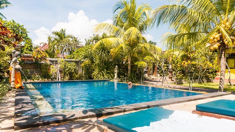 Nusa Lembongan and Nusa Ceningan. Bunda 7 Bungalow's pool