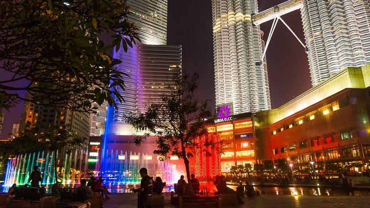 Free fountain show next to the Petronas Twin Towers, Kuala Lumpur
