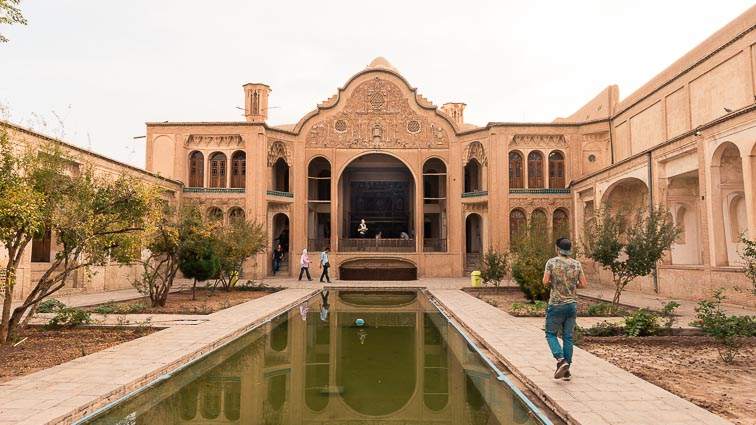Route Iran. Traditional house in Kashan