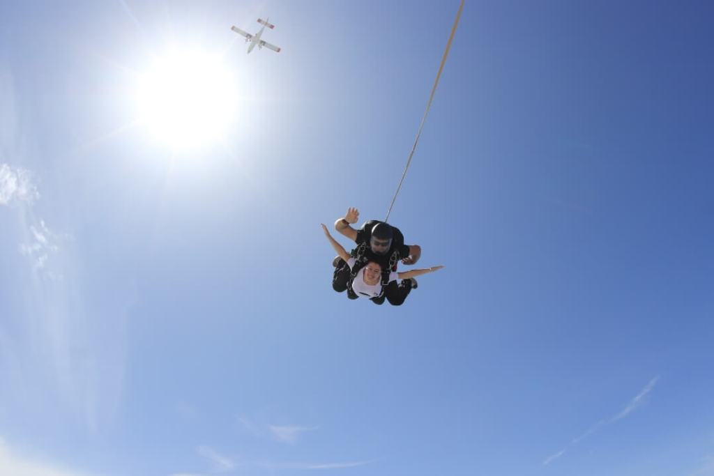 jumping from plane, tandem jump