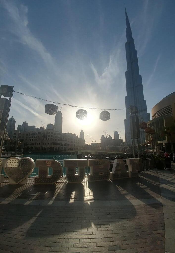 sign, Burj Khalifa