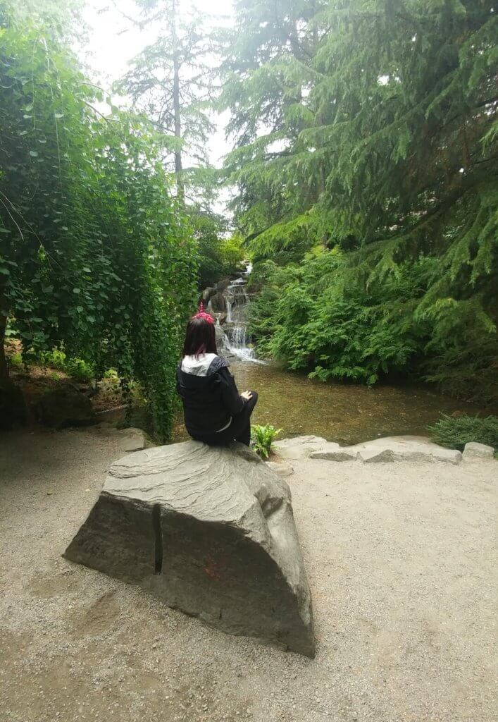 waterfall, unicorn, botanical garden