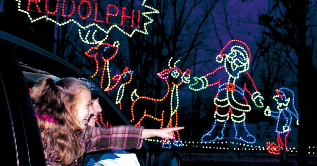 Cruise Along These Holiday Lights Drive-Throughs Across The U.S.