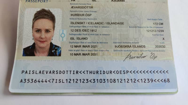 This sample passport from Iceland shows the gender neutral option X. This sample passport is not in use, and the personal information shown is not real.