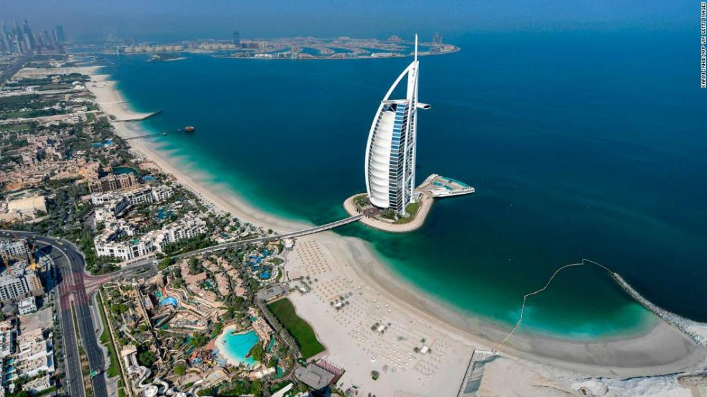How to move to Dubai and work remotely for a year