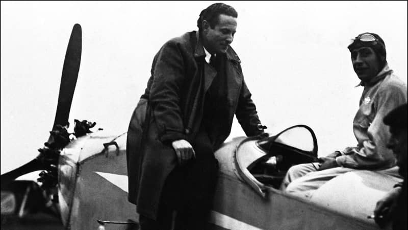AVIATION-JEAN MERMOZ undated picture showing French aviator Jean Mermoz (C) who was the first pilot to fly from Rio de Janeiro to Santiago du Chili across the Andes in may 1930. He disappeared off the coast of Dakar in 1936. (B&W ONLY) (Photo by STF / AFP) (Photo by STF/AFP via Getty Images)