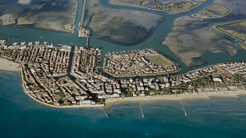 Built on a series of islands inside a lagoon, Grado has a lot in common with Venice.