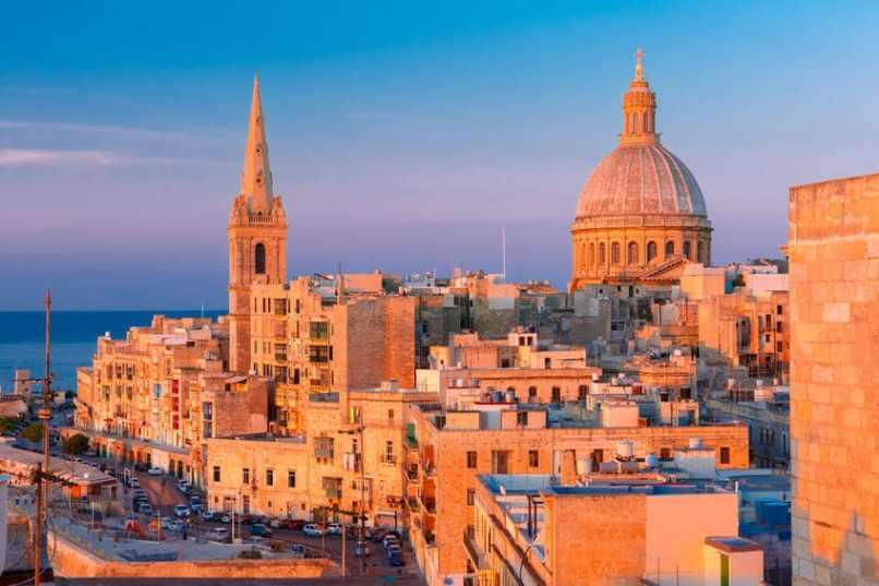 Tour around capital Valletta