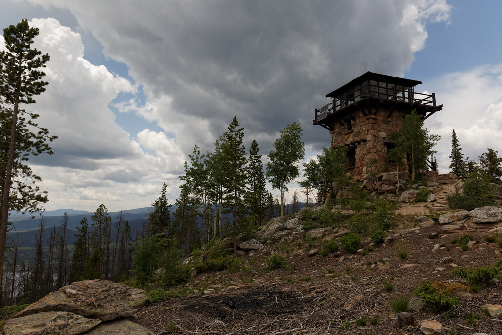 Shadow Mountain Lookout Trail in Denver, Colorado