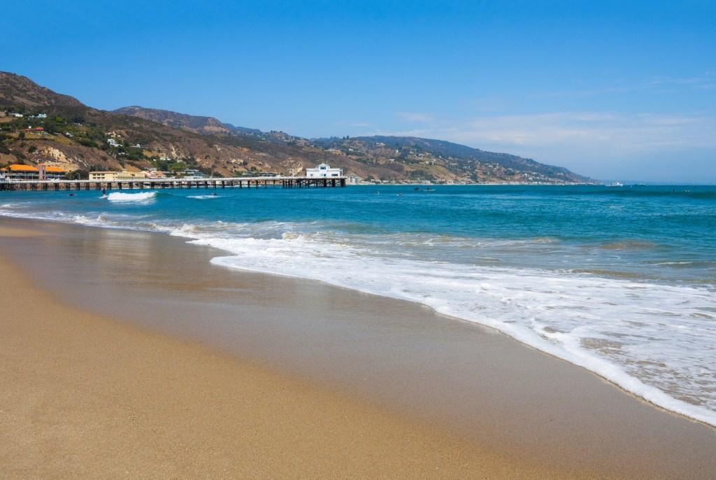 Surf on Malibu Surfrider Beach, California