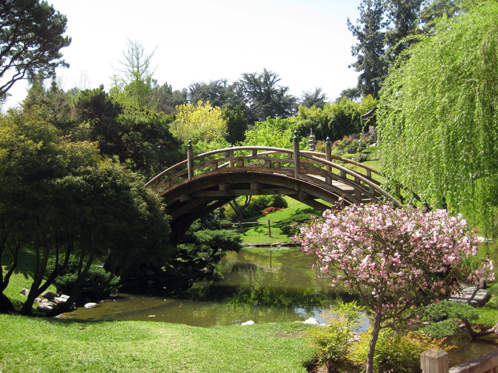 Visit Huntington in Los Angeles California