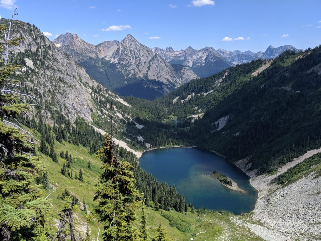 Visit North Cascade National Park from Seattle