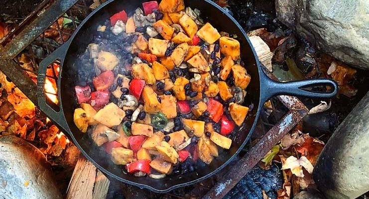 27 Best Camping Food Ideas to Try for Breakfast/Lunch/Dinner