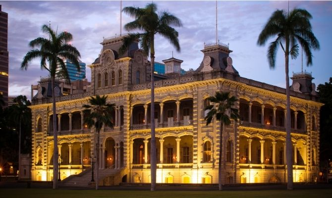 Things to Do in Honolulu Iolani Palace