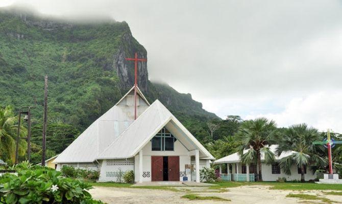 Paroisse Saint Pierre-Celestin Church Bora Bora