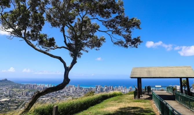 Tantalus Lookout - Puu Ualakaa State Park