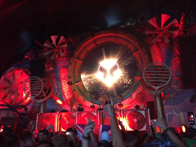 Barong Family Stage - music was on point