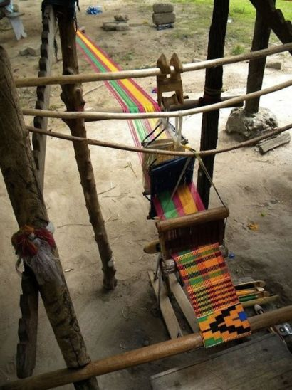 Making of Kente Fabric on wooden loom|Traditional Ethnic Clothes of Ghana
