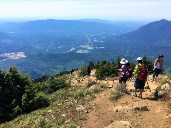 Steep descend from Mailbox peak