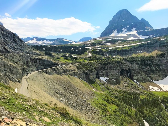 Scenic view of Going-To-The-Sun Road from Highline Trail