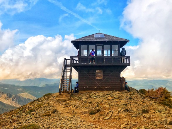 Hike to Fremont Fire Lookout Tower