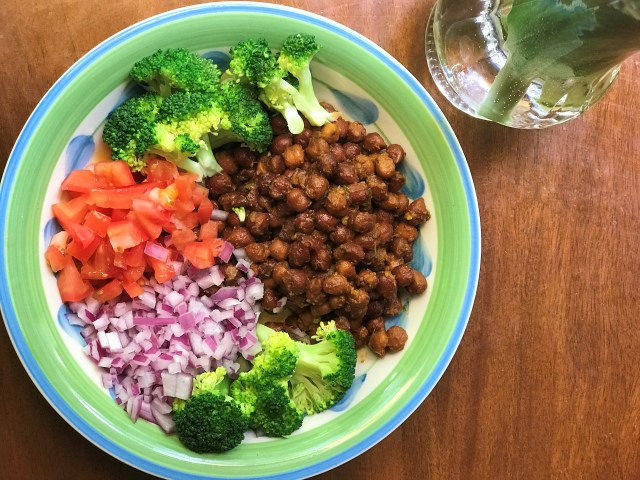 Desi Style Chickpeas Salad- sauteed with Indian spices. Healthy Diet Plan for PCOS & Thyroid