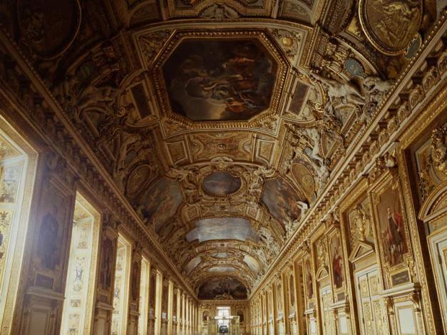 Tour virtuale dei Musei: il Louvre Parigi