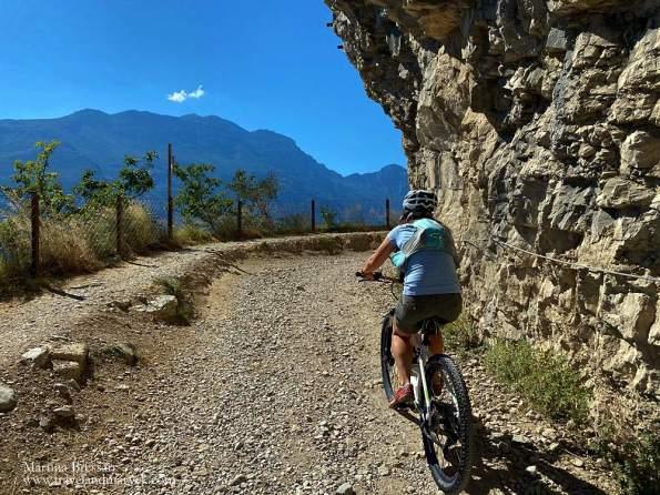 Inizio sentiero del Ponale in bici