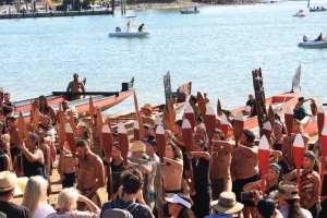 Waitangi-bateau-maori