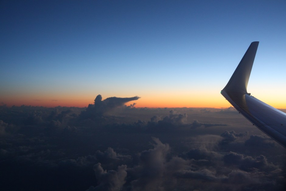 sunrise-avion-plane-sky
