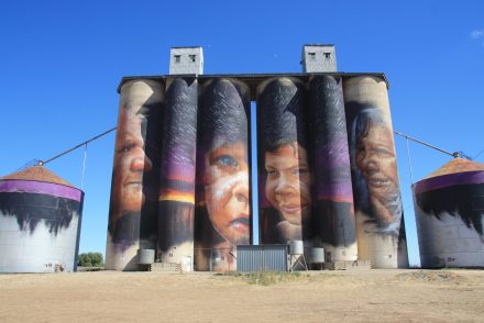 Silo_Sheep hills silo art VIC Australie