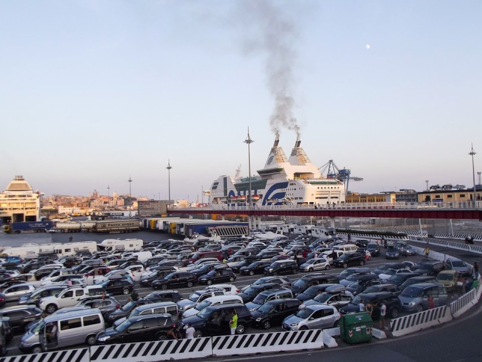 Đenova - najveća luka Italije