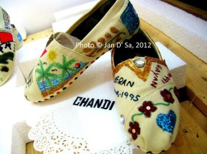 Chandi decorated these shoes.