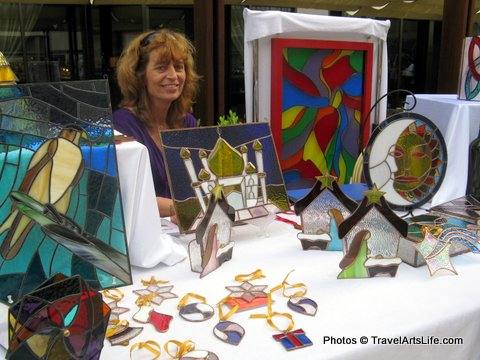 Bea lives in Abu Dhabi. She is the first qualified stained glass artist that we have met.