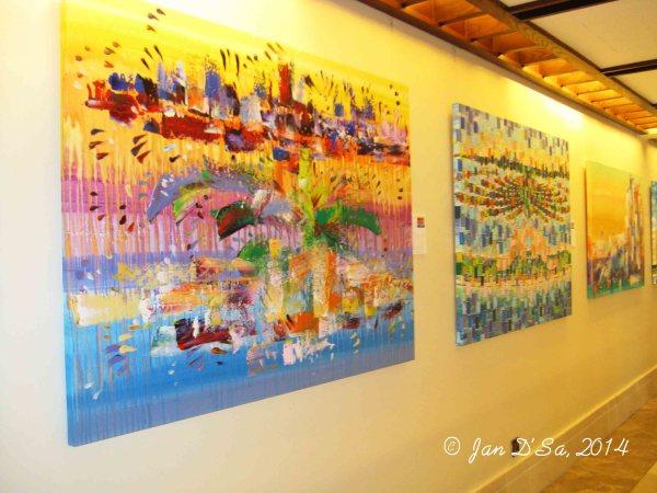 Olivia Boa artwork at Sofitel Hotel Dubai The Palm
