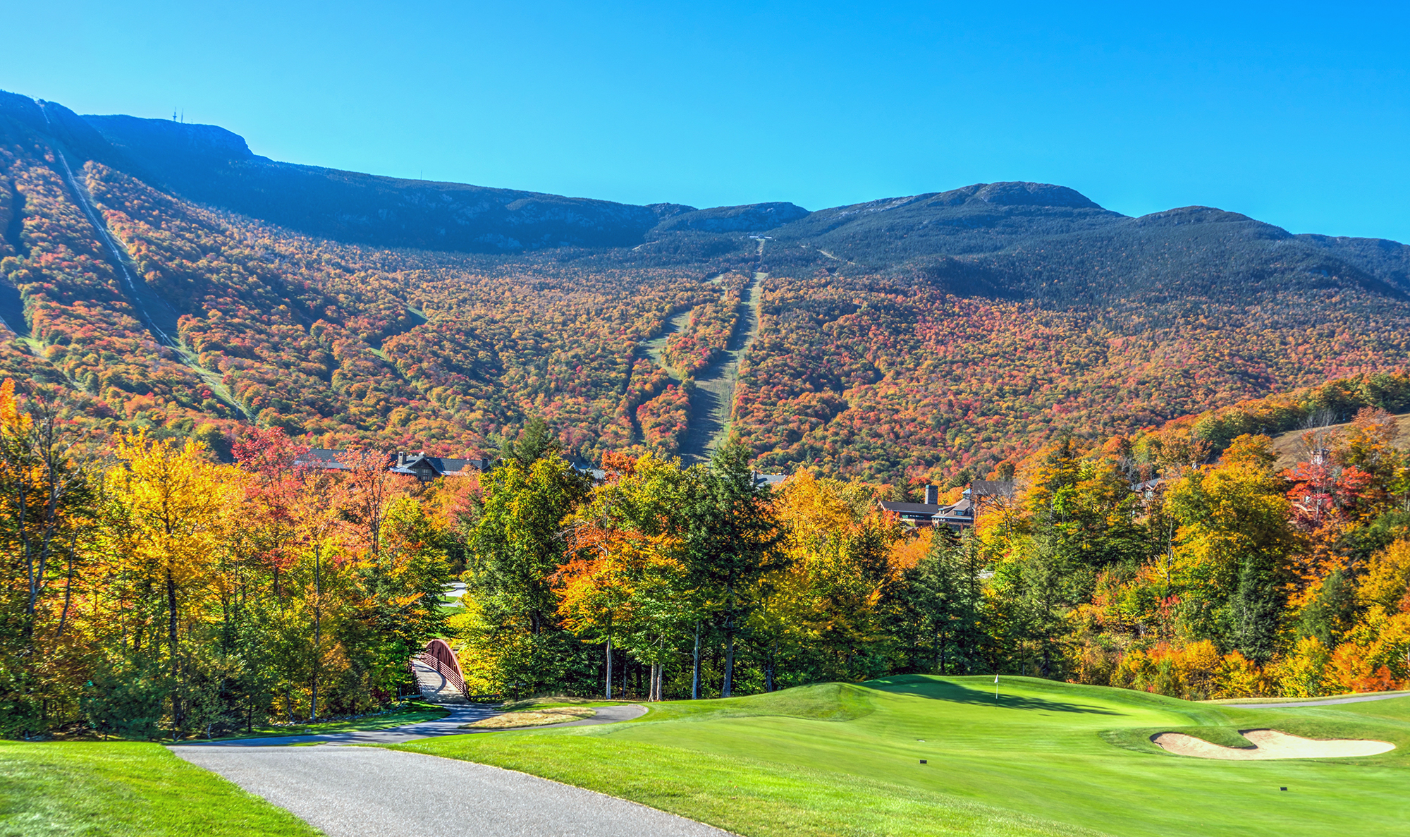 Vermont Road Trip — Fall in the Green Mountains | Travel Artsy on