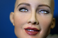 Шокирующие высказывания роботов: что они говорят о доминировании над людьми